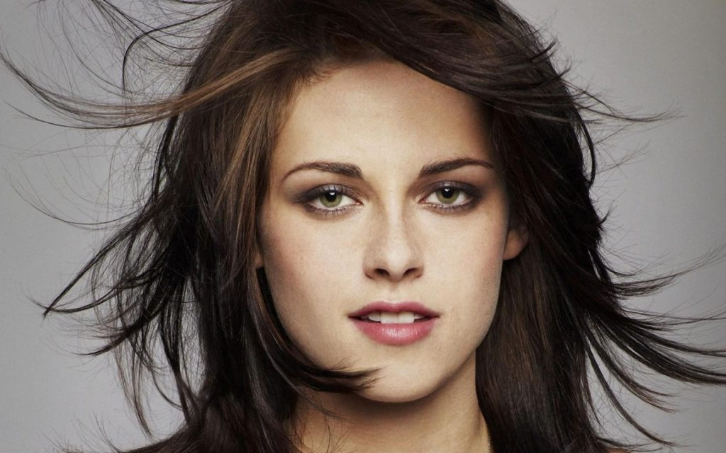 Kristen_Stewart_Actress_Wallpapers